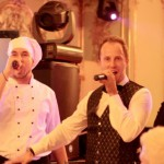 singing-waiters4